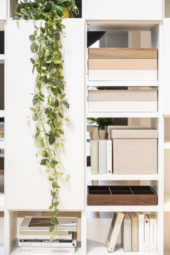 contenitori e organizer arredano lo spazio